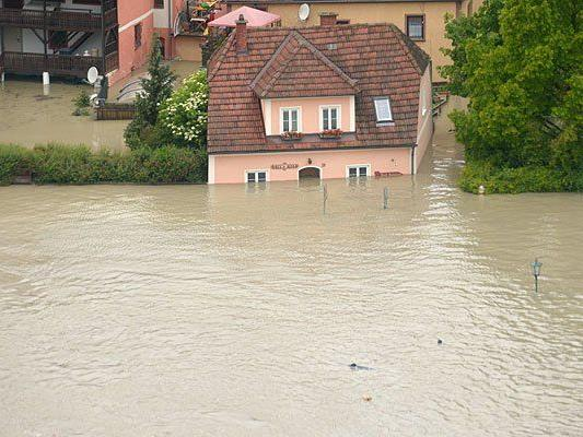 Verheerendes Hochwasser - nun sollen Kredite Betroffenen helfen