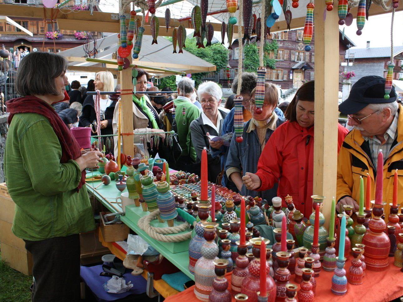 Der Kunst-Handwerk-Markt in Schwarzenberg hat sich zum Treffpunkt in der Region entwickelt.