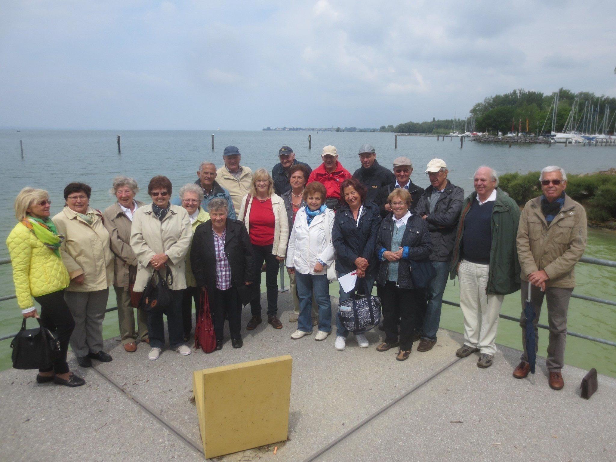 Der Lochauer Seniorenbund lud zu einem Schiffsausflug nach Friedrichshafen.