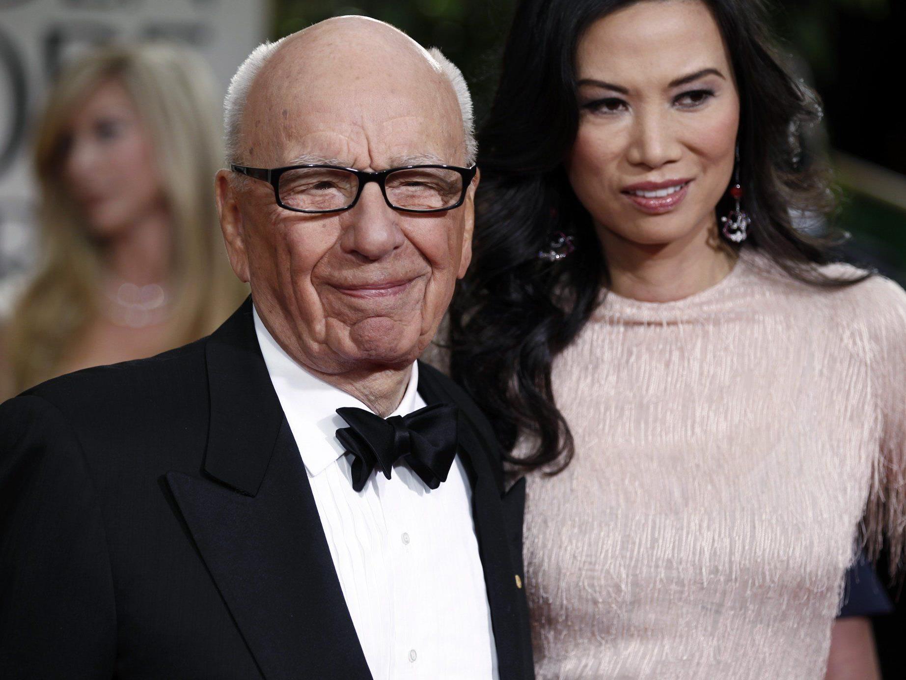 Bei Murdoch und Deng beträgt der Altersunterschied 38 Jahre.