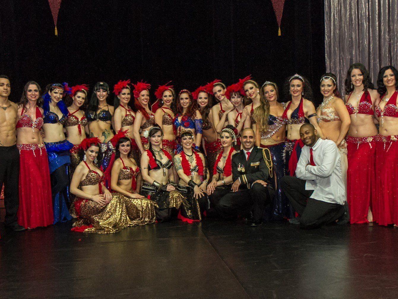 Die Showgruppe Bellydance Evolution mit Tänzerinnen sorgte für viel Aufsehen.