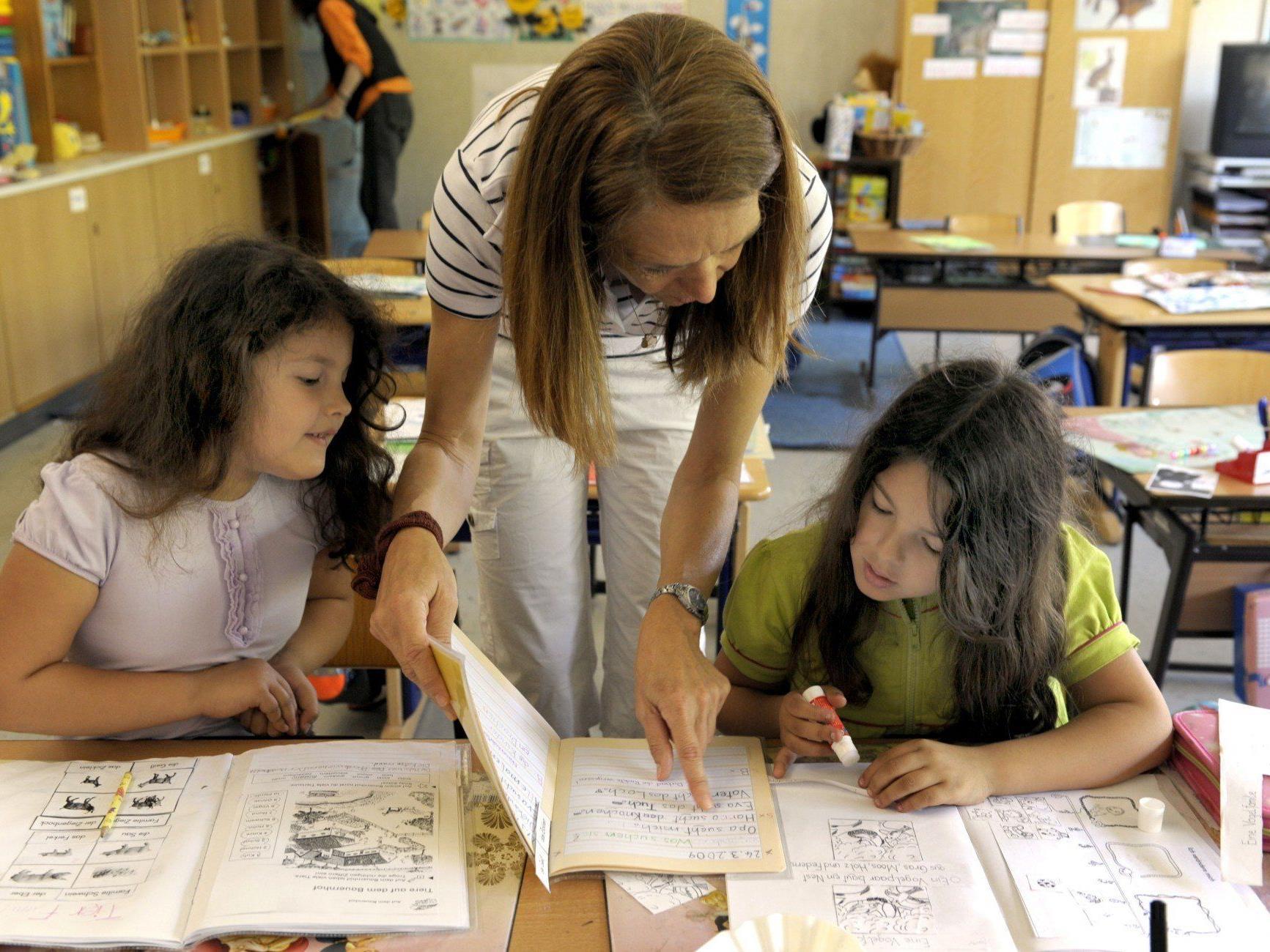 Österreichs Lehrer sind seltener in der Klasse als der OECD-Durchschnitt