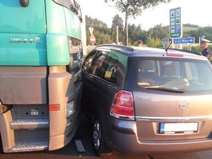 Unfall auf der Autobahnraststation Zöbern A2