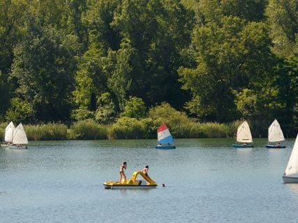 An der Alten Donau lässt sich die erste Hitzewelle des Jahres gut aushalten.