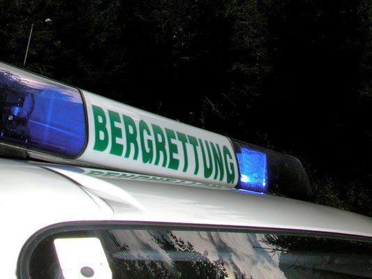 72-jähriger deutscher Wanderer bei Sturz schwer verletzt.