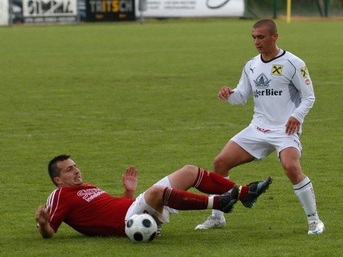 Dejan Stanojevic (rechts) ab sofort wieder beim FC Brauerei Egg