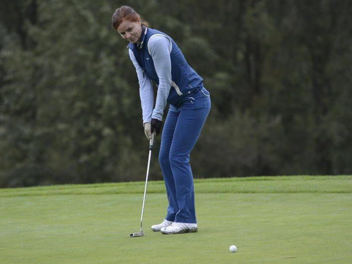 Mit 132 Teilnehmern verzeichnen die landesweiten Golf-Titelkämpfe einen neuen Rekord.