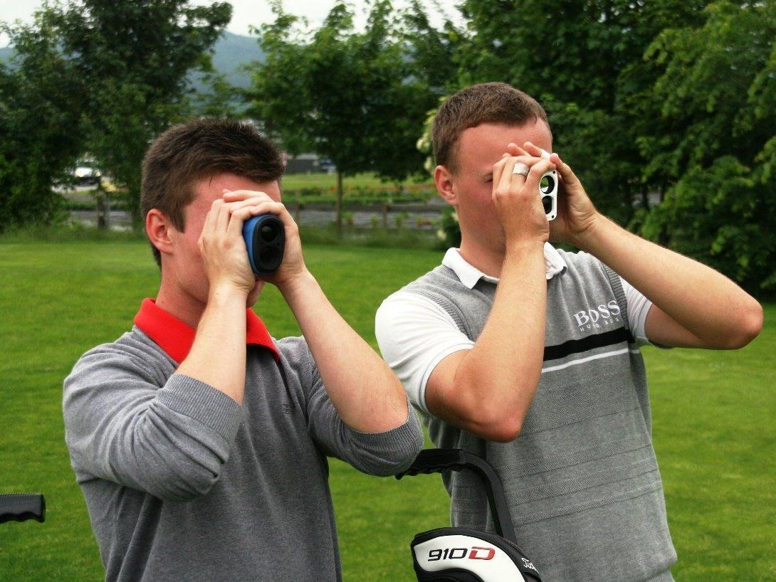 Lucas Hepberger und Olav Zanveld sind bei den nationalen Golfmeisterschaften mit von der Partie.
