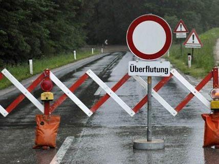 Verkehrsbehinderungen durch das Hochwasser nehmen ab