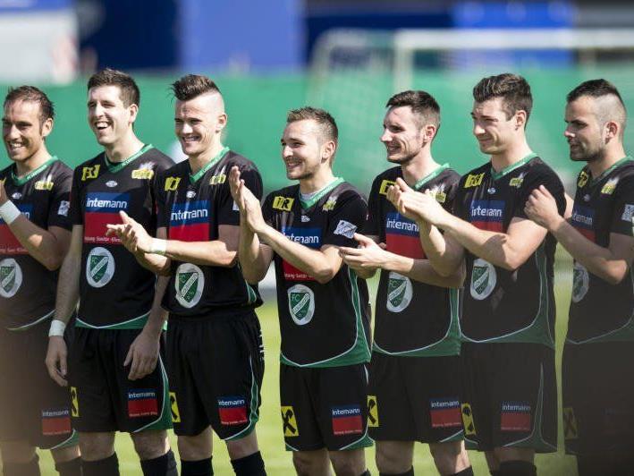 FC Lauterach wurde Meister in der Landesliga und steigt in die V-Liga auf.