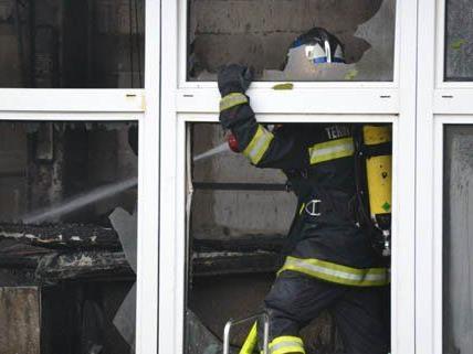 Großeinsatz in Ternitz mit 10 Feuerwehren