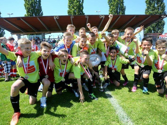 Favorit PG Mehrerau gewann gegen PG Feldkirch das Endspiel mit 5:2 und wurde Landesmeister.