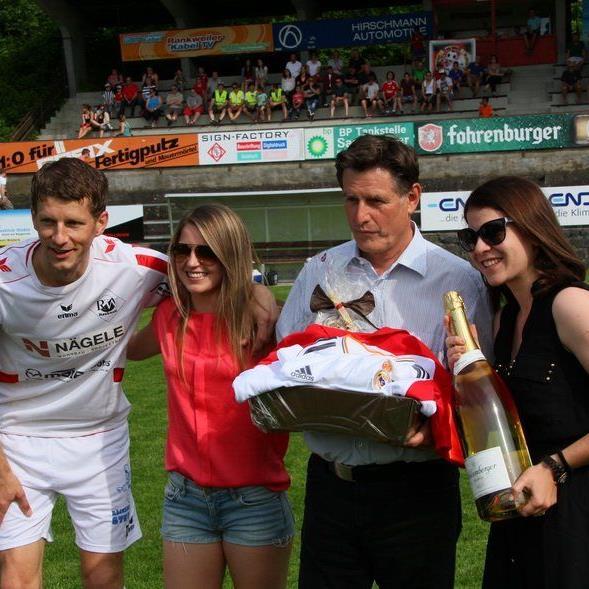 Trainer Mani Engler und Michael Gasser wurden in einem gebührenden Rahmen verabschiedet.
