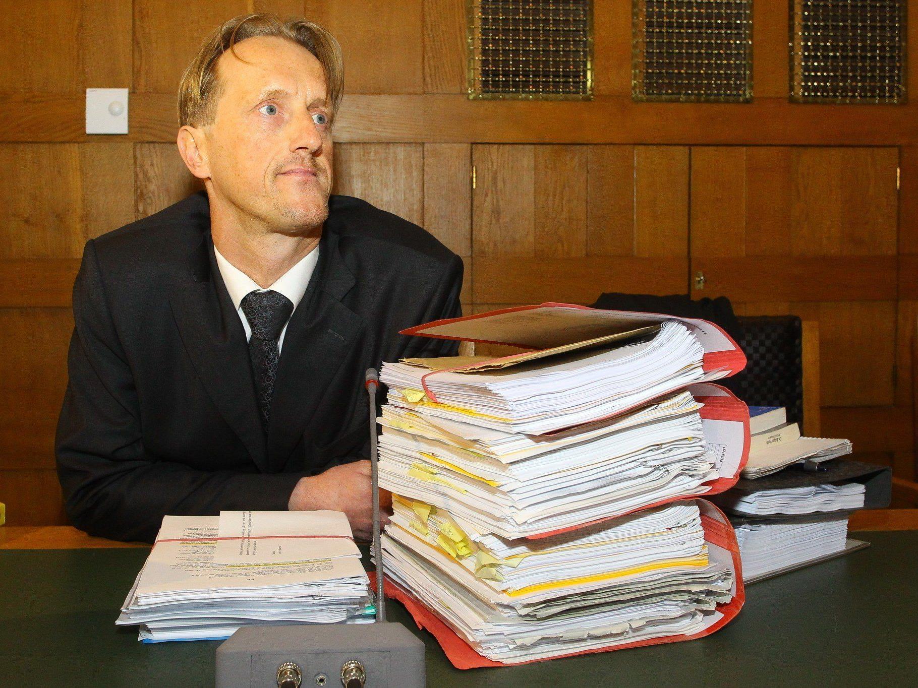 Anwalt Veith: Gemeinde Dalaas muss Zufahrt zu seinem Elternhaus über Skipiste ermöglichen.
