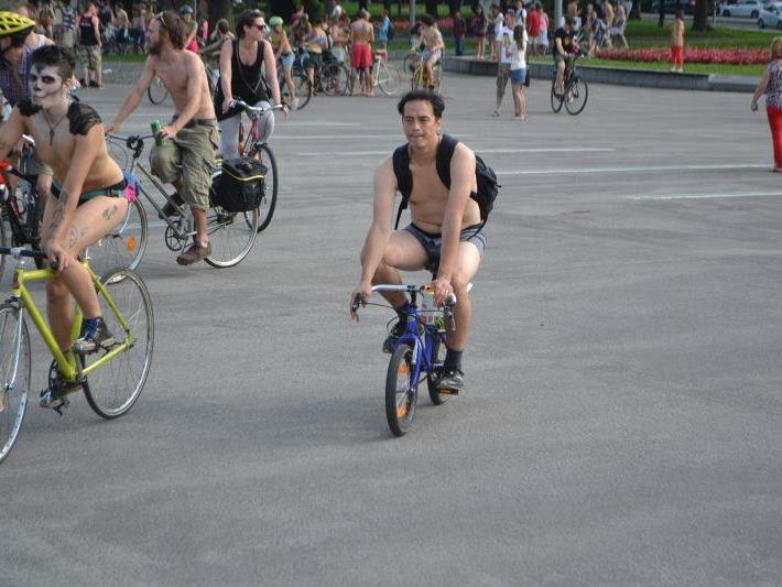 """Am 21. Juni fand in Wien der """"Naked Bike Ride"""" statt."""