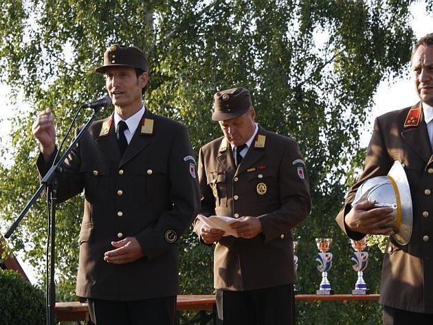 Das Goldene Stahlrohr ging beim Nassleistungswettbewerb an Großdorf.