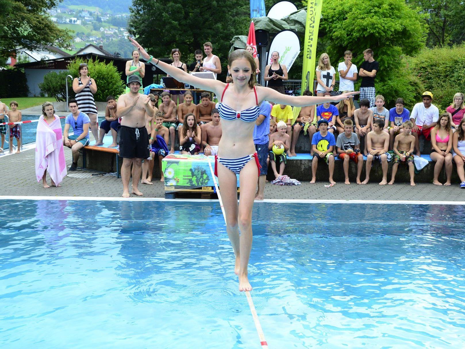 Viel Gleichgewicht und Konzentration legten die Teilnehmer beim Waterline-Contest an den Tag