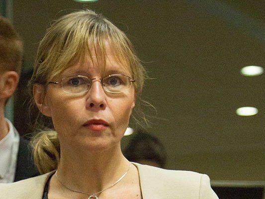 Der Sprecher von Beatrix Karl gab weitere Missbrauchsfälle bekannt