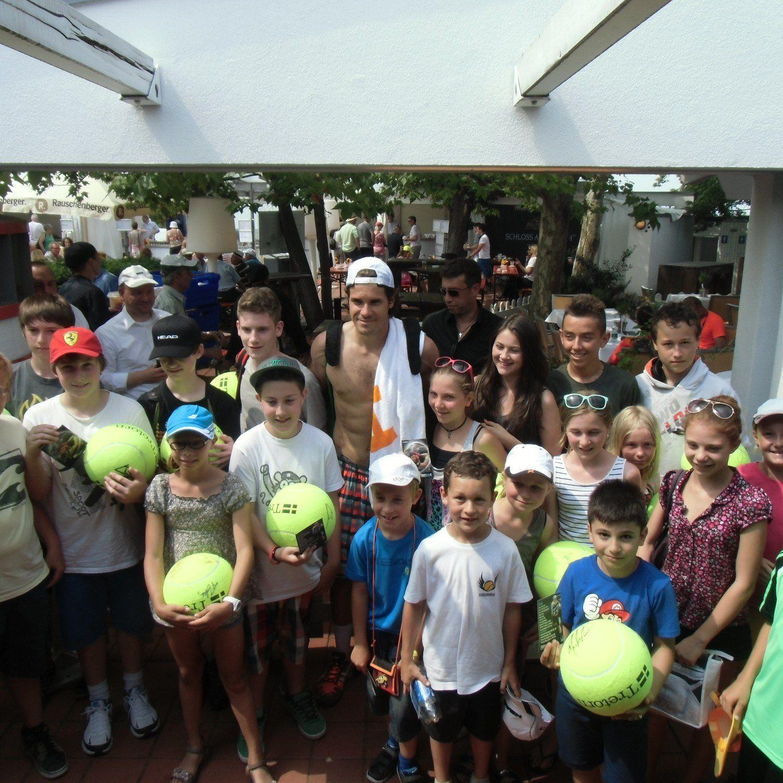 TC Altenstadt Jungtalente mit Star Tommy Haas beim Turnier in Stuttgart.