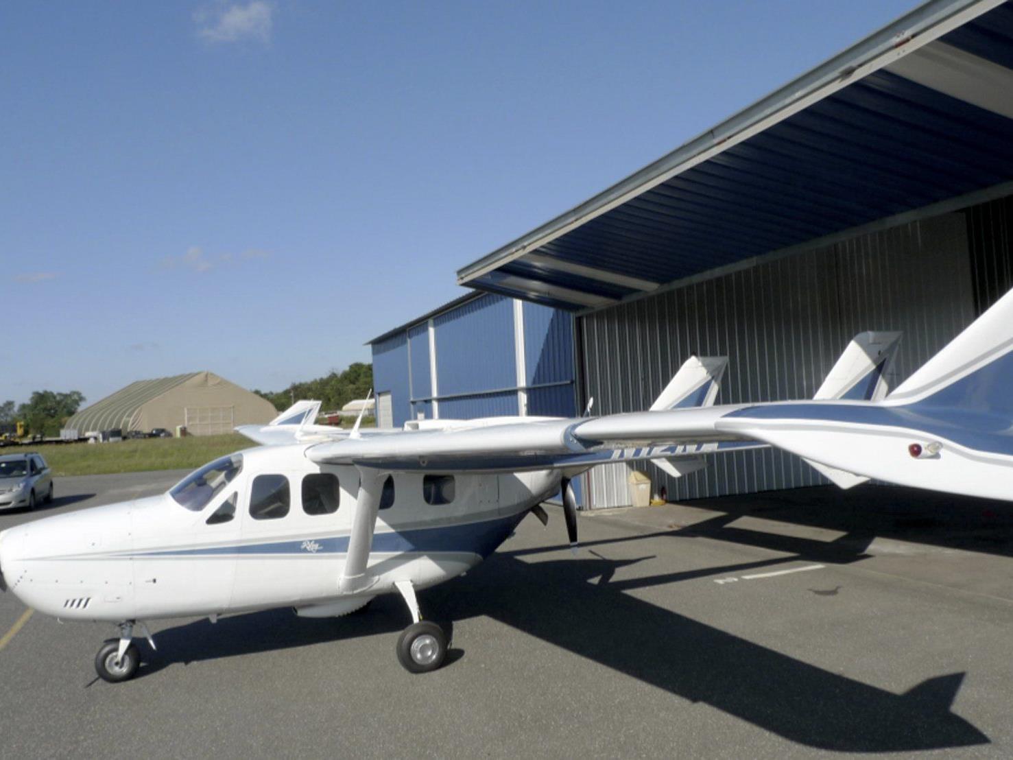 Beim Absturz eines Kleinflugzeuges kamen drei Menschen ums Leben.