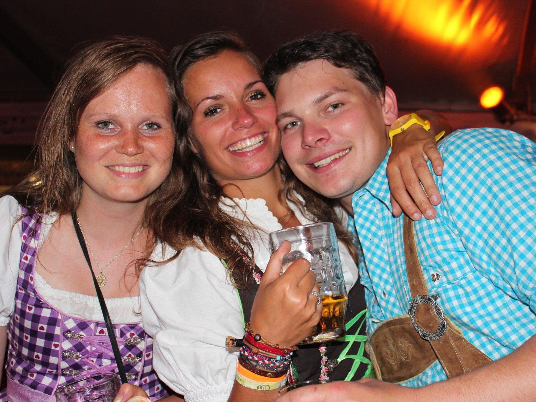 Super Party Freitag Nacht in Au.