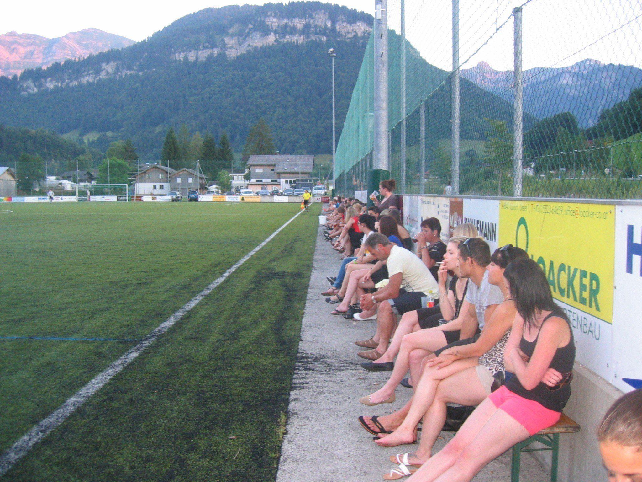 Rund 300 Zuschauer sahen das Spiel zwischen dem VFB Bezau und FC Egg
