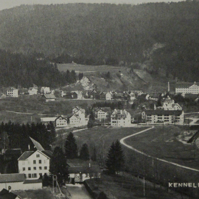 Eine alte Aufnahme von Kennelbach abfotografiert.
