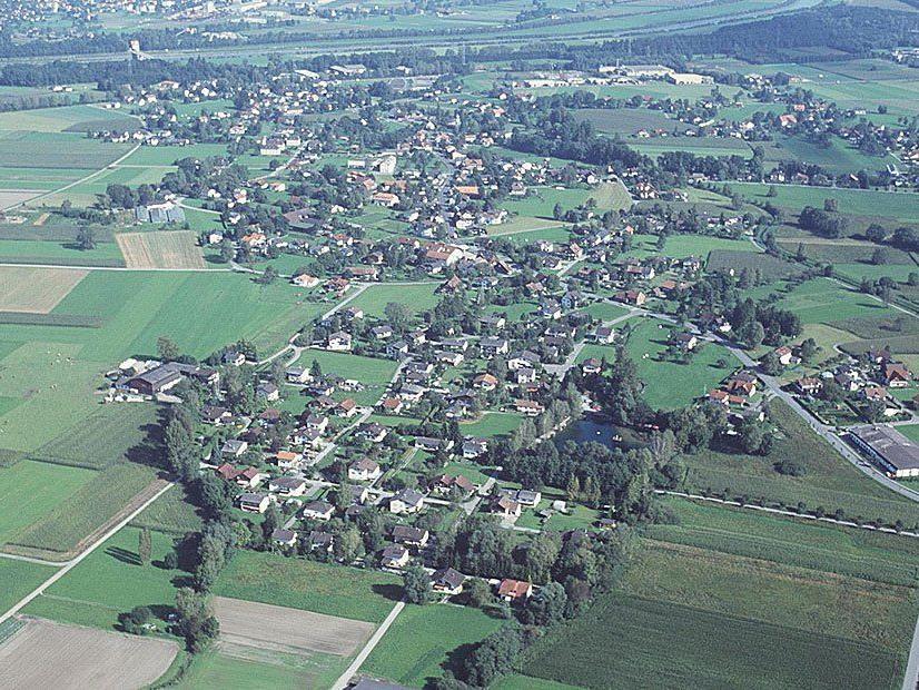 Luftbild von Meiningen aus dem Jahr 2000.