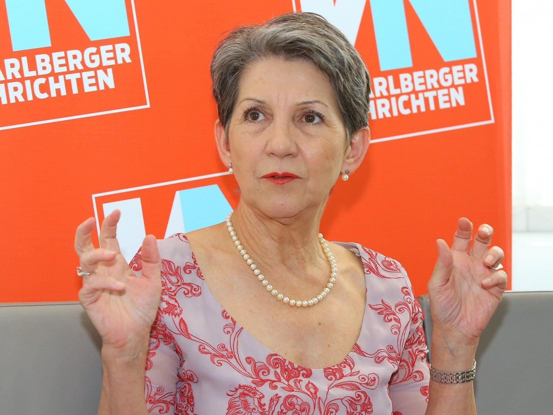 Auf Festspielbesuch in Vorarlberg: Nationalratspräsidentin Prammer möchte ihr Amt auch nach der Wahl ausüben.