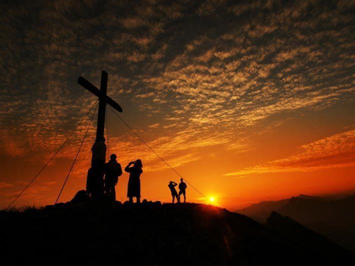 Immer wieder ein Naturschauspiel der besonderen Art, ist der Sonnenaufgang auf der 2044 Meter hohen Kanisfluh
