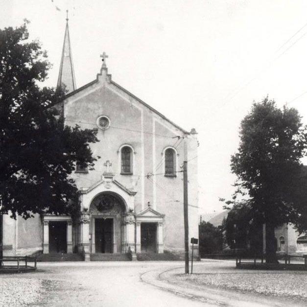 Der Lustenauer Kirchplatz kurz nach 1900.