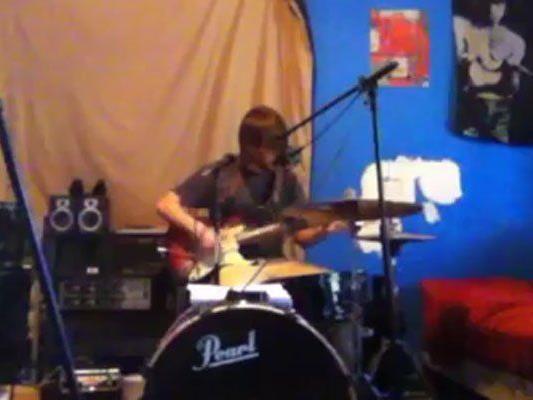 Nachdem sich Johns Band auflöste, verselbstständigte er sich. Das Resultat kann sich hören lassen.