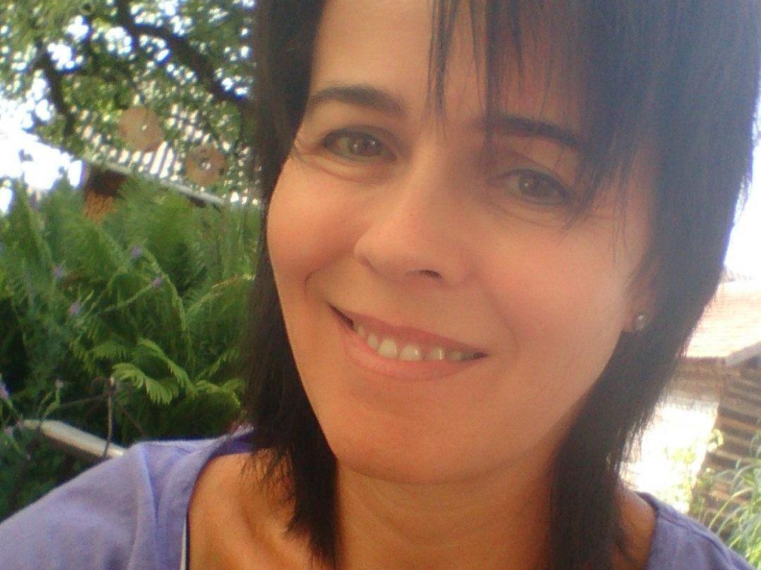 Künstlerin Maria Gabriel durfte sich im Garten der Sinne über viele Gäste freuen.