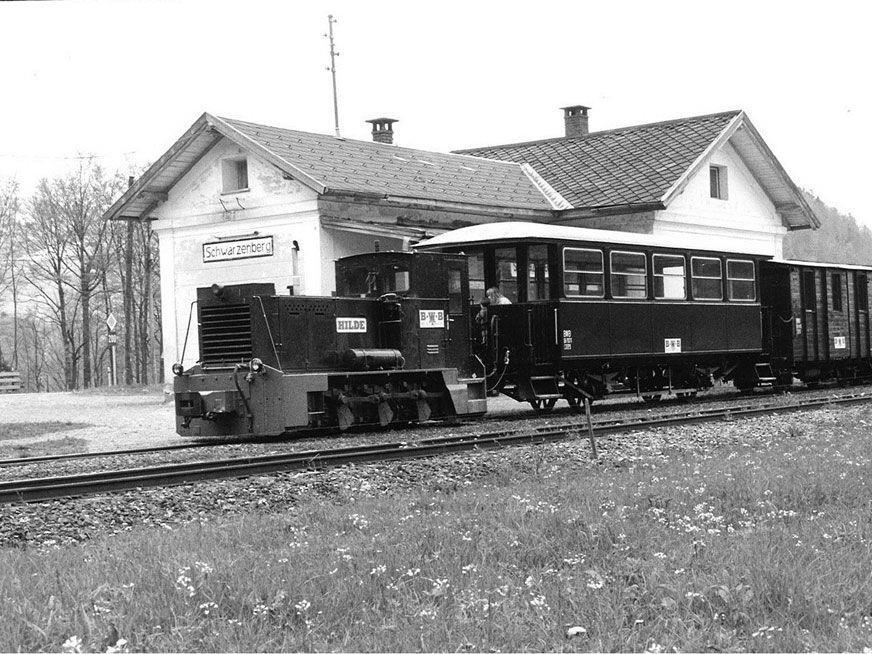 Bahnhof Schwarzenberg mit Wälderbähnle in vergangenen Tagen.