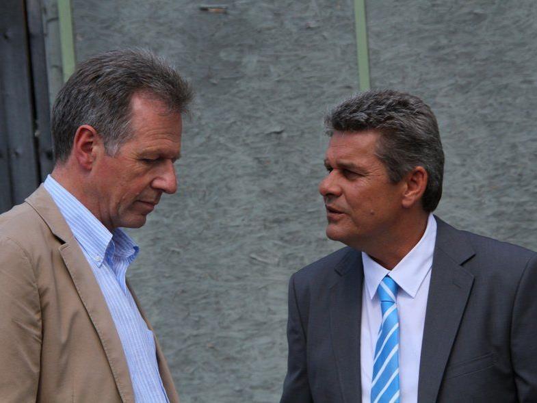 Ländle TV Geschäftsführer Günther Oberscheider mit Ems-Stadtoberhaupt Richard Amann im Smalltalk.
