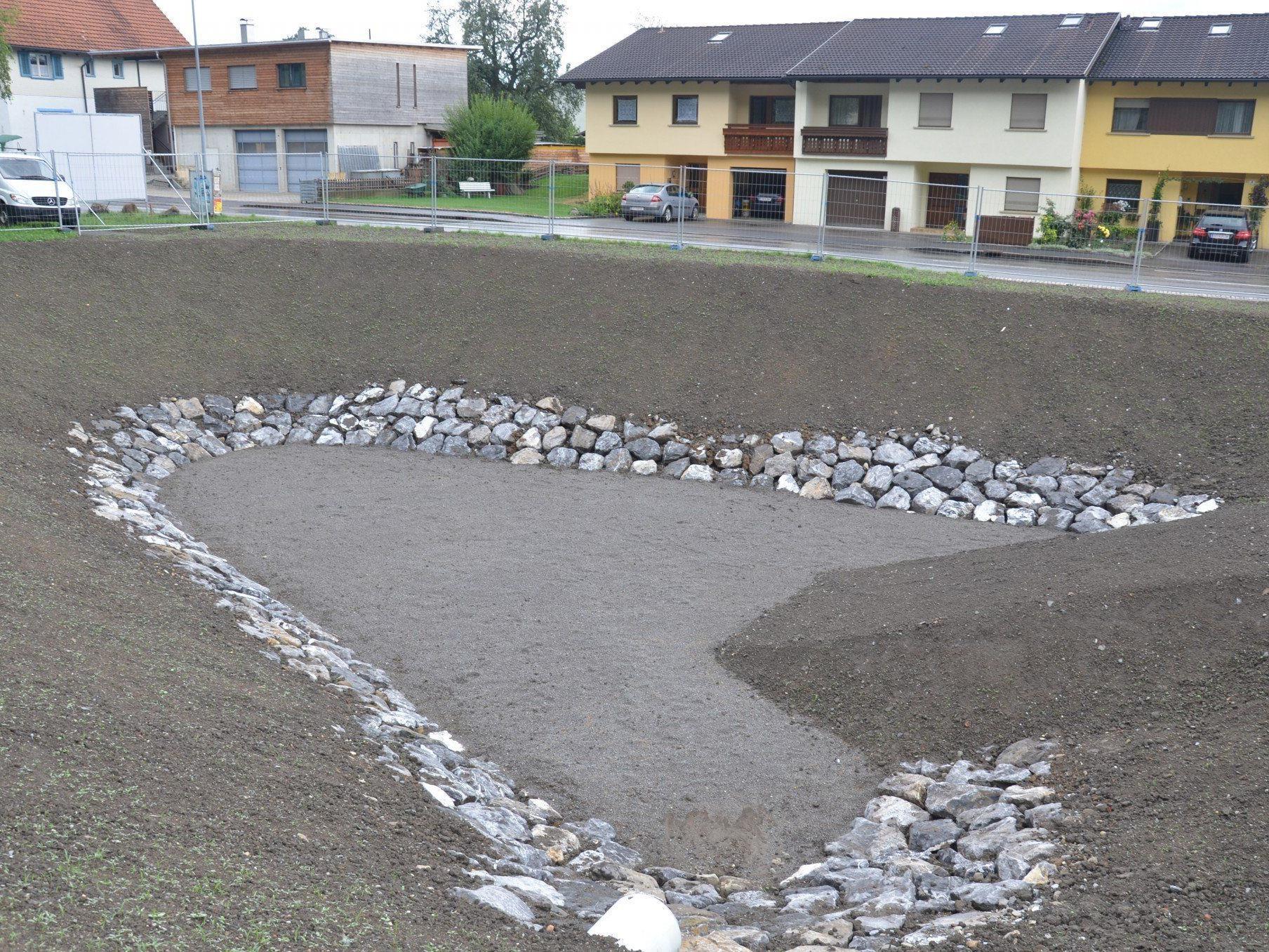 Die Gemeinde Röthis baut eine Versickerungsanlage als Schutzwasserprojekt im Märkenrain.