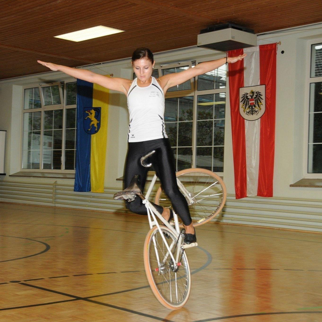 Die Meiningerin Adriana Mathis hat in der Radsporthalle Hohenems beim Ems-Cup überzeugt.