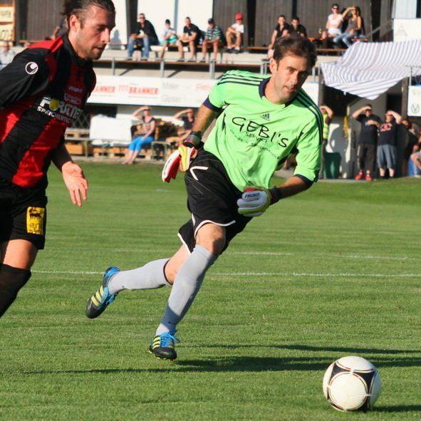 Hard-Stürmer Burhan Yilmaz will gegen seinen Exklub Bregenz ein gutes Spiel zeigen und ins Schwarze treffen.
