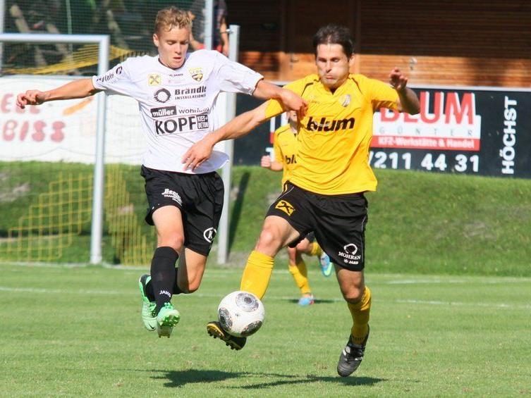 Titelverteidiger Altach Amateure mit Jungprofi Timo Wölbitsch gastiert beim LL-Klub Schwarzach.