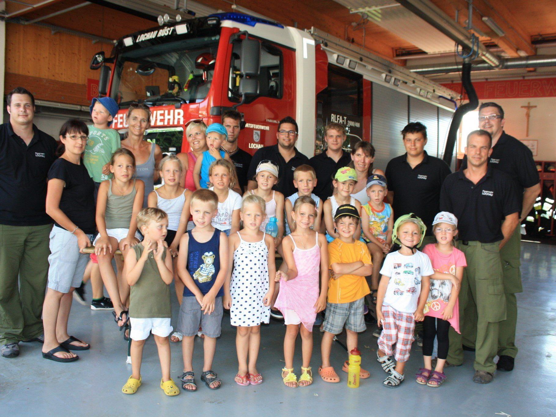 """""""Lochauer Ferienkalender 2013"""": Der Nachmittag bei der Feuerwehr war für alle ein tolles Erlebnis."""