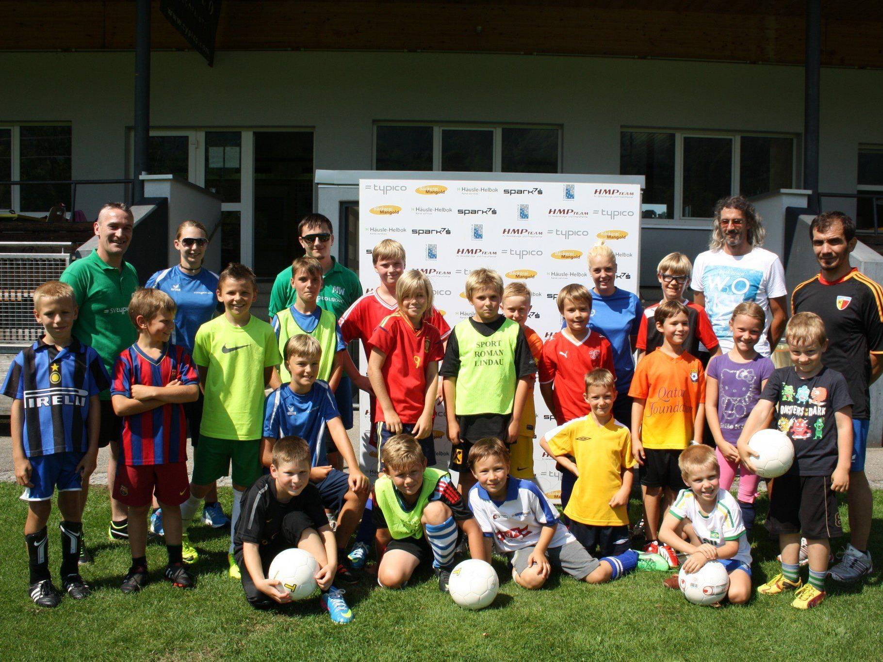 """Der SV Typico Lochau lud die fußballbegeisterte Lochauer Jugend zum """"Fußball Nachwuchs Camp"""" auf die Sportanlage Hoferfeld."""