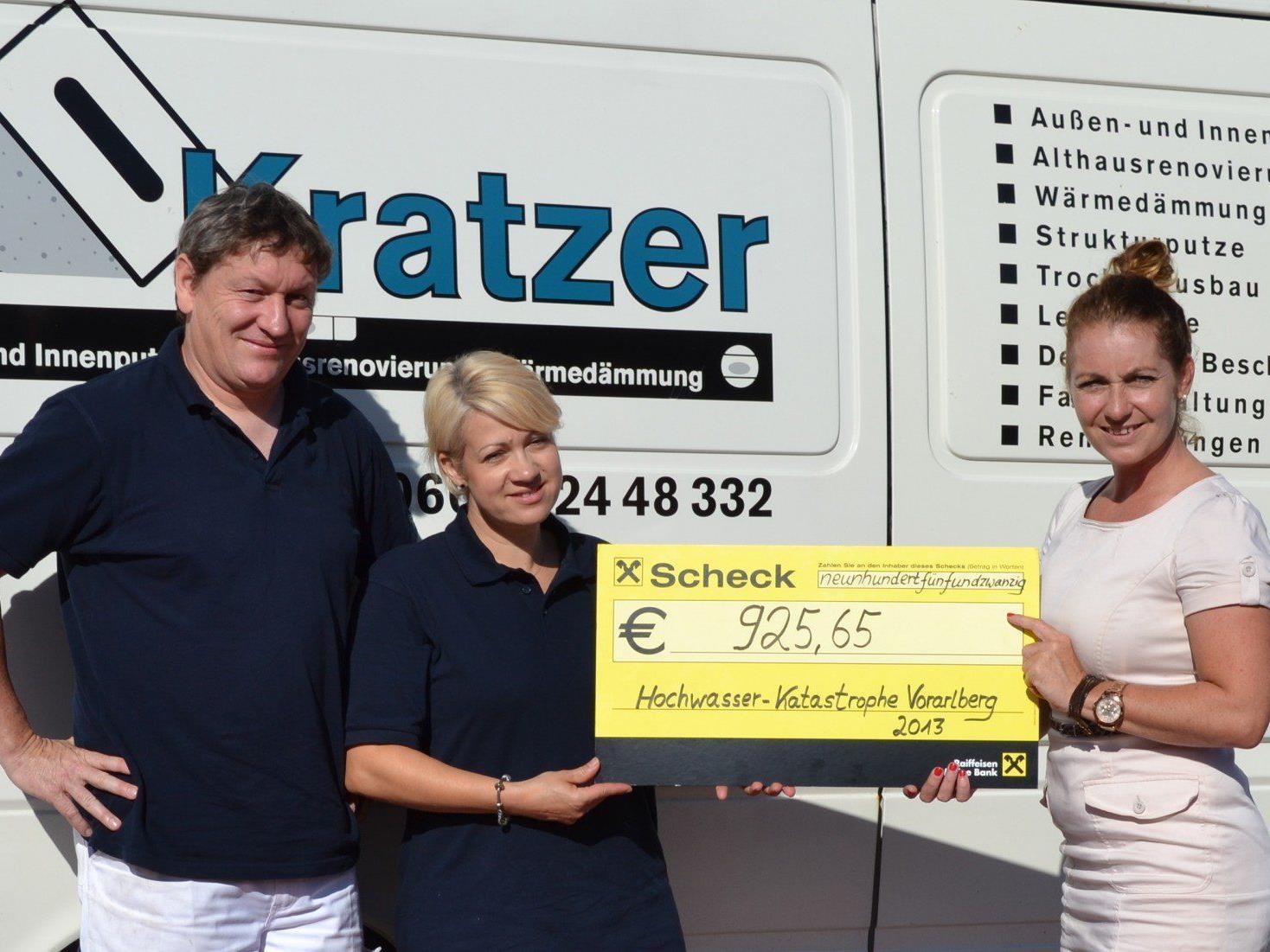 Hochwasser-Spendenübergabe Firma Kratzer an die Caritas.