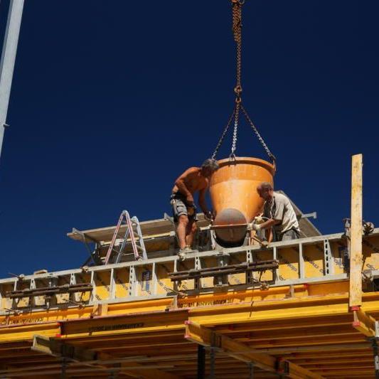 Die Bauwirtschaft hat sich erfolgreich gegen den konjunkturellen Gegenwind gestemmt. F