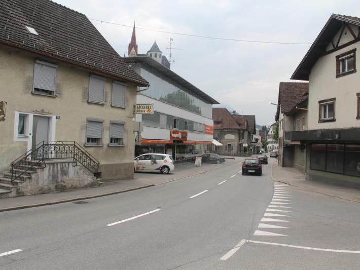 Im Bürgerforum werden schnelle Verkehrsmaßnahmen für die Landesstraße 50 gefordert.