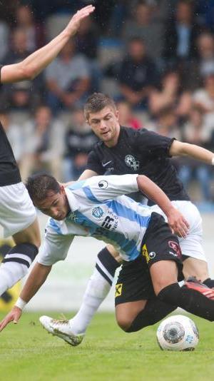 Im Bodenseederby Hard und Bregenz gab es vor knapp tausend Zuschauern ein 1:1-Remis.