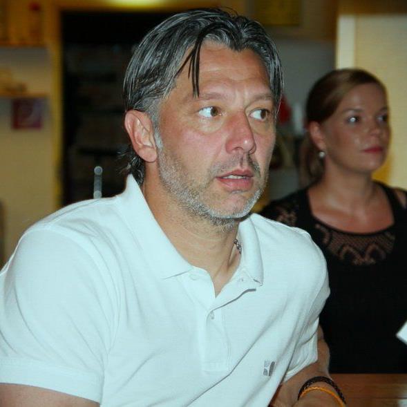 FC Wolfurt-Neocoach Hans Kogler wurde zum zweiten Mal Vater, seine Frau Bianca brachte eine Tochter zur Welt.