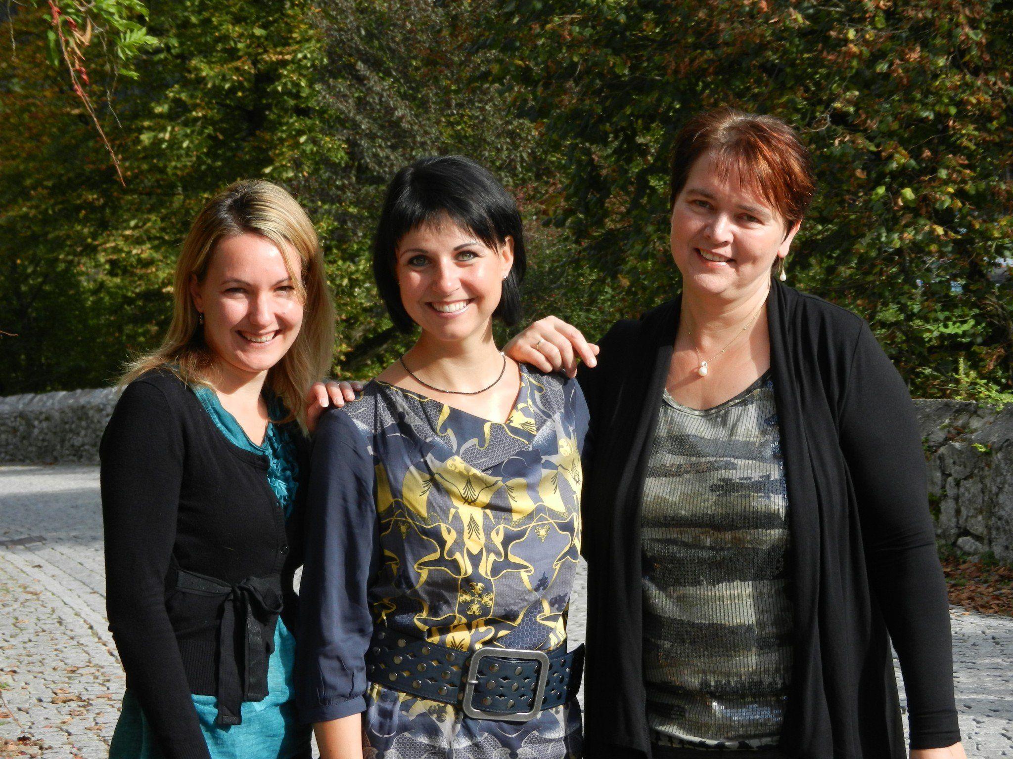 Ein musikalisches Trio: Verena Huber, Christine Schneider und Gerda Poppa (von links)