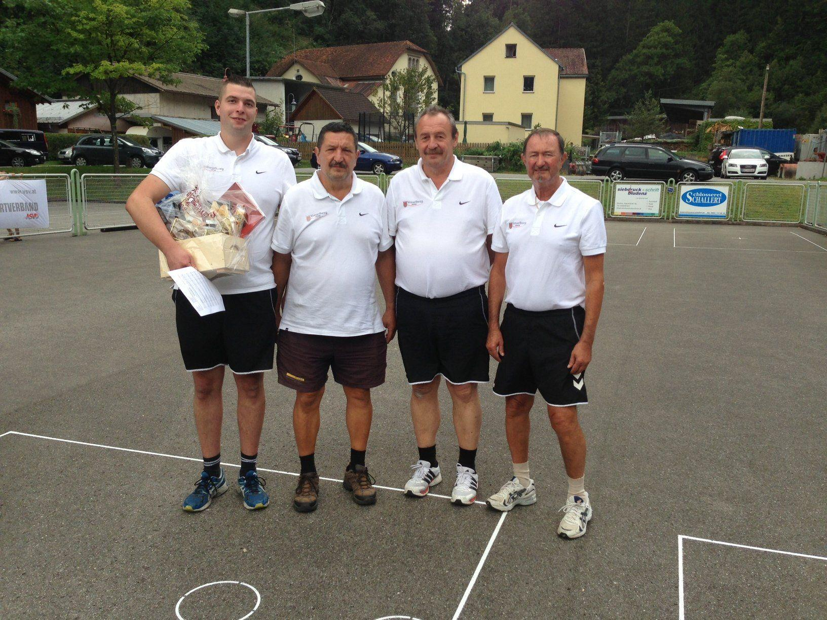 Die erfolgreichen Sportler: Patrik Plangger, Reinhard Zachari, Willi Malin und Erich Pienz