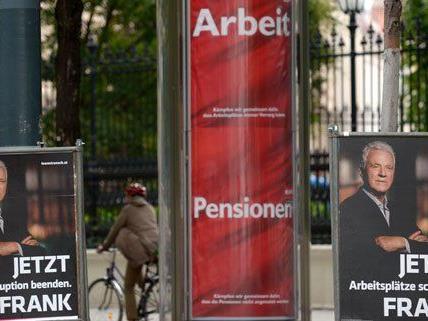Bei den Werbeausgaben zur NR-Wahl liegen das Team Stronach und die SPÖ vorne.