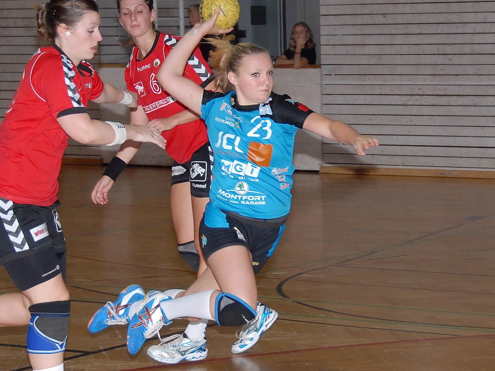 Feldkirchs Handballdamen gewinnen das Heimspiel gegen MGA Fivers mit sechs Toren Differenz.